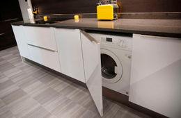 Установка стиральной машины на кухне Звенигород